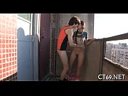 Как русские девушки снимают парня для секса видео