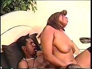 Первый лесбийский анальный секс у девочек