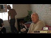 Секс с маленьким членом со старухой
