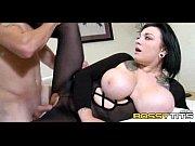 секс с красивой мамой брюнеткой и сын