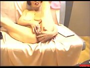 Секс крошки видео хорошего качества в чулочках в уни форме