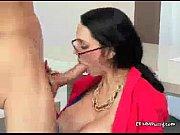 Порно видео раскрытая пися в возрасте