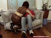 Руское видео пошли с женой и другом в сауну отдохнуть