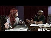 Видео как муж ебет жену биссексуалку и ее подругу во все дыры