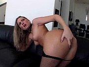 Красивая сучка трахалась пока муж был в другой комнате смотреть онлайн