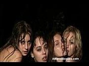 Порно видео где негры трахают девок во все места