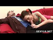 Девку жёстко выебали русское порно видео