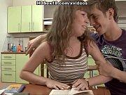 Парень вылизывает ноги парню видео