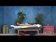 Фото голая девушка на четвереньках