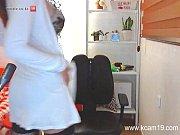 Красивое соло порнообмазанная смазкой дрочила киску