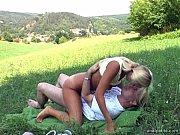 Три грудастые лесбиянки блондинки видео