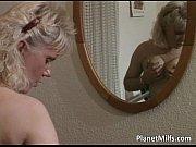 Порно видео показать как мама трахаеться сына
