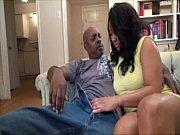 Порно видео муж трахает служанку и пришла жена