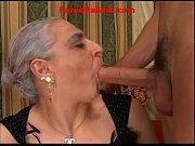 Смотреть порнуху мама насылует сына