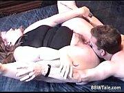 Порно подсмотрел за своей матерью и снял на видео