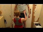 Транс кончает в рот мужику видео
