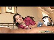 Лесбиянка ласкает грудь женскую видео