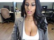 Толстенькими большими сисками секретаршой секс видео