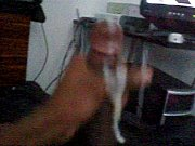 Девку нгнули привязали руки и ноги изапихнули в пезду и жопу пульт от телевизора ихуй в рот видео