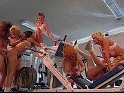 Порно фильм бистро бикини компания по мойке машин бикини