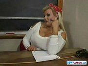 Заснятые на фото пизды под юбкой. Фото видео порно галереи