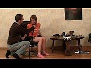 Порно видео смотреть онлайн трах служанка в чулках соблазнила сына хозяина