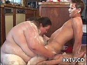 Порно видео большые сиськи красивых мамаш