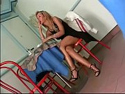 Порно инцест мамаша с дочкой обслуживают папашу