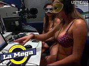Видео там где девушки показывают писю не порно