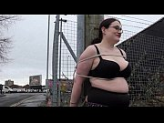 Amateur flasher Alyss outdoors and chubby exhib...