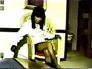 Госпожа заставляет раба сосать член своего друга онлайн