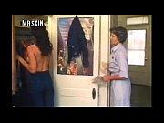 Барышня продолжила секс с туристом