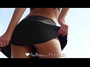 Личное интим видео мужчина 2 женщины