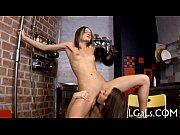 Голые красивые попки голых девушек с большой грудью видео