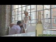 Порно видео матери и сына на кухне