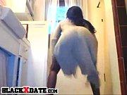 Девушка облизывает сперму видео