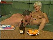 Пьяную бабу вдвоем силой порно