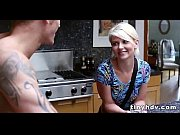 Порно видео девушка дрочит член парню стоя с зади