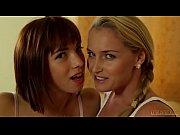 blow jobs by Kathia Nobili and Tina Hot