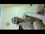 فلم سكس المرأة المصريه تقلع ثيابها وتنتاك في كساها تمها وتزها غصبن عن الرجل