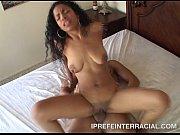 Девушка крнчила от мастурбации