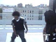 Раздевается танцует голая крупная женщина порно видеоролики