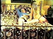 Мужики трахают парня большим дилдо порно