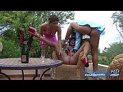Смотреть видео порно где девушки кончают от траха в попу