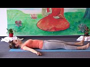 Yoga for Complete Beginners - Yoga Class 20 Mi...