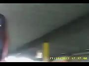 Онлайн видео девушка дрочит парню хуй