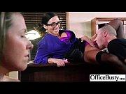 Глотает завязаны глаза порно онлайн