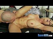 Порно зрелых с большими сиськами ебут в жопу