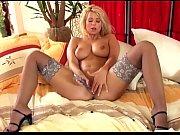 Смотреть порно лезбиянки с тяни толкай