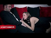 Порно актриса брюнетка с родинкой на лице